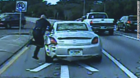 dnt fl police officer dragged by car_00005911.jpg