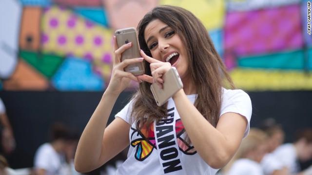 Polémica en Miss Universo por una foto de Miss Líbano y Miss Israel juntas