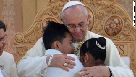 http://i2.cdn.turner.com/cnnnext/dam/assets/150119151313-pope-anak-children-large-169.jpg