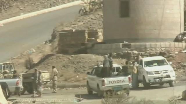 tsr dnt paton walsh yemen chaos_00002004