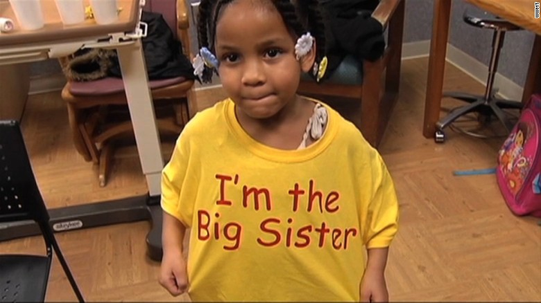 4-year-old calls 911, becomes big sister