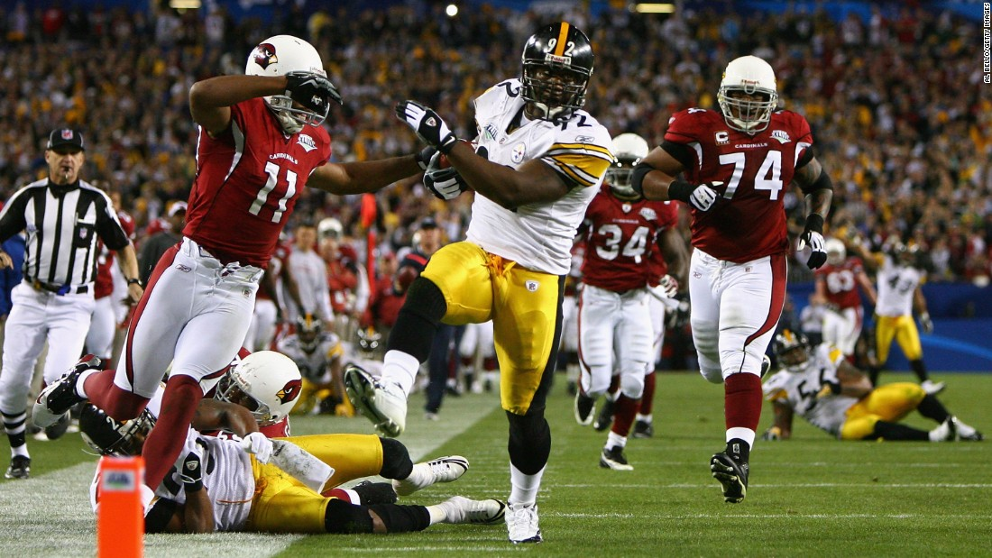 Pittsburgh's James Harrison picked off Arizona's Kurt Warner on the last play of the first half and rumbled 100 yards for a touchdown in 2009.