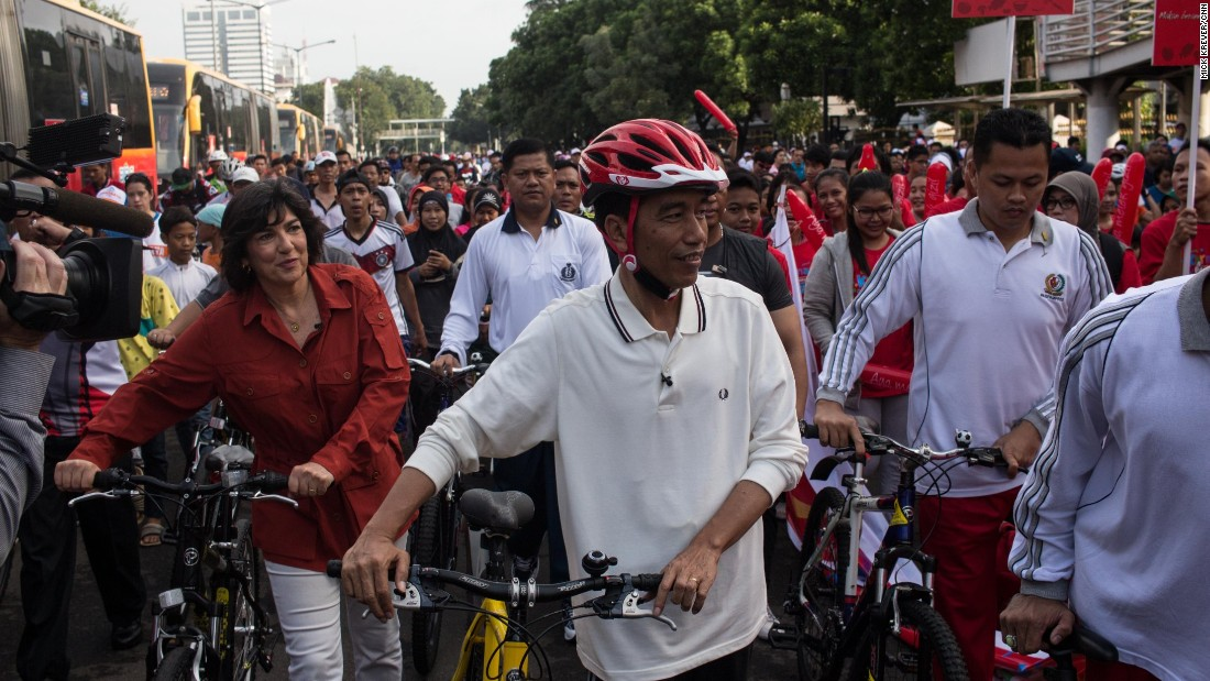 "Jokowi has made the ""blusukan"" -- or unannounced visit -- a trademark of his political brand. He began the tradition as mayor of the central-Javanese city of Surakarta, known as Solo.<br /><br />""Blusukan [means to] go to the people, go to the ground,"" Jokowi told Amanpour. ""We check our program, we consult our program, and we must know the real situation [on] the ground.""<br /><br />It is a rare sight for any world leader, let alone one who leads a country with a history of violent separatist movements."