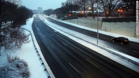 NEW YORK, NY - JANUARY 27:  An empty highway in Brooklyn is viewed the morning after a major winter storm on January 27, 2015 in New York City. Despite dire predictions, New York City was spared the worst of the storm, receiving up to a foot of snow in some areas. Subway buses were closed overnight while roadways were open only to emergency vehicles.  (Photo by Spencer Platt/Getty Images)
