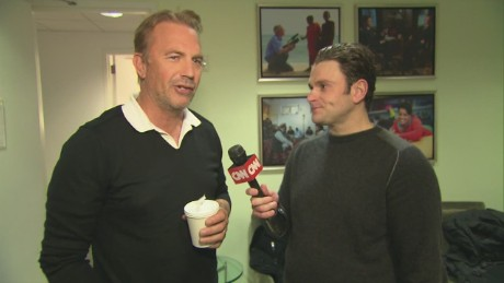 cnn tonight kevin costner green room_00001102.jpg