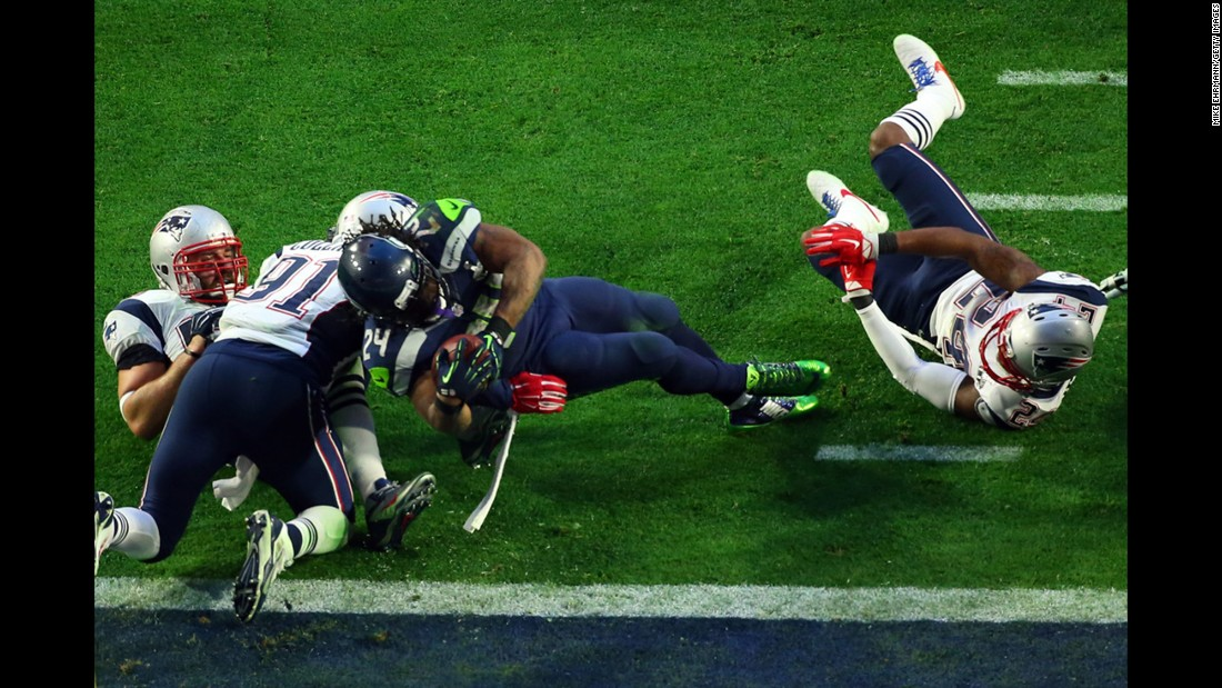 Lynch rumbles over the goal line for the touchdown.