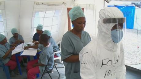 pkg magnay ebola sierra leone care centers_00014408.jpg