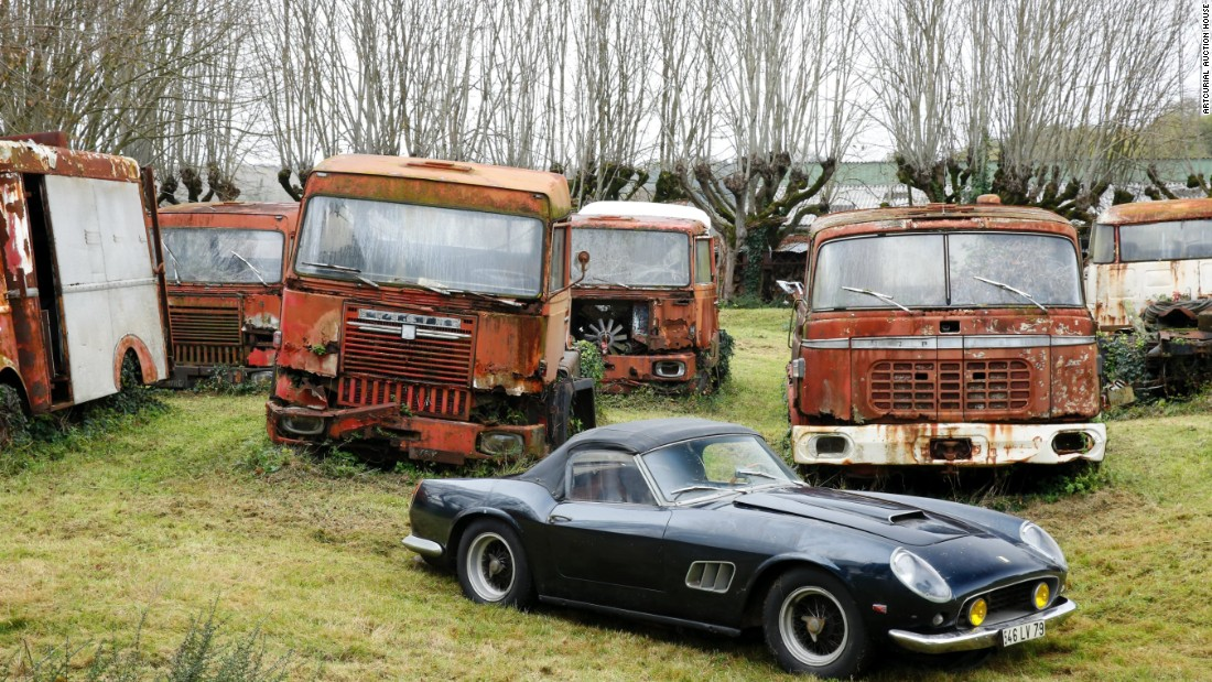 Old rusty cars expected to sell for 20 million for Garage ford paris 13