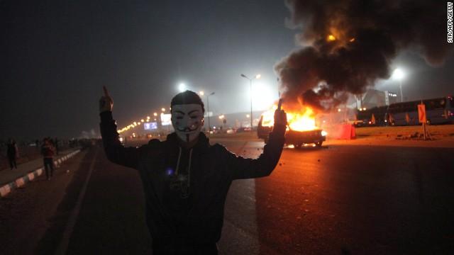 Al menos 19 muertos deja enfrentamiento entre hinchas de fútbol y la policía en Egipto