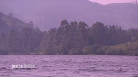 spc insde africa uganda queen elizabeth park a_00023318.jpg