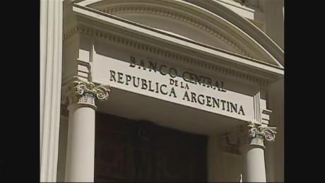 cnnee economy argentina ivan perez sarmenti_00000317