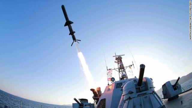 Corea del Norte lanza dos misiles hacia el mar, dice Corea del Sur
