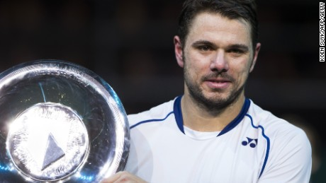 Stanislas Wawrinka wins an indoor title for the first time as he claims victory in Rotterdam.