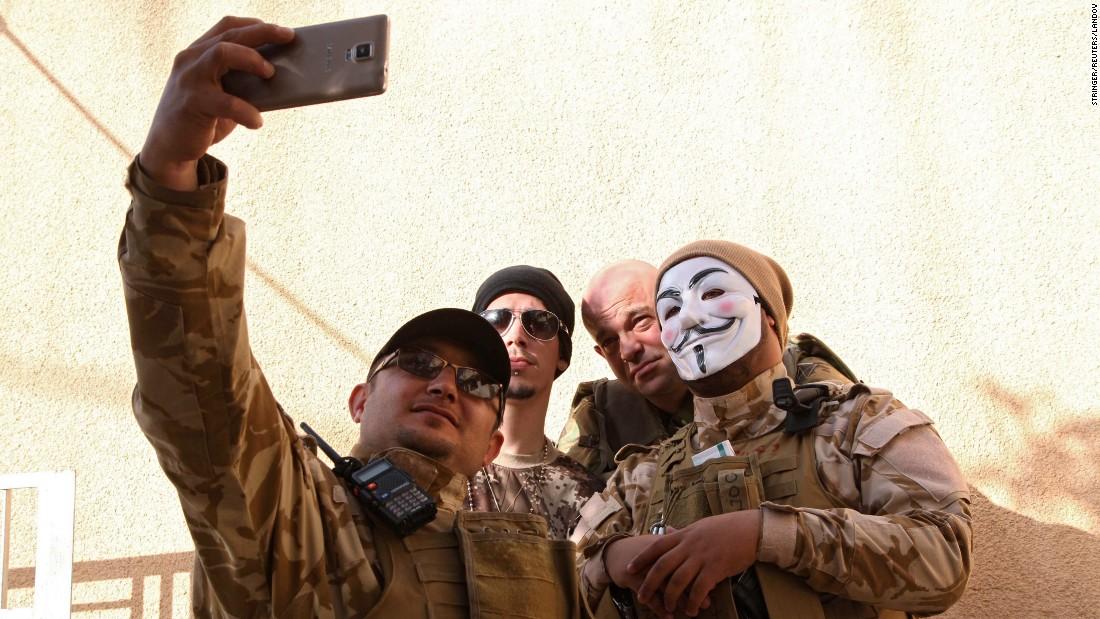 http://i2.cdn.turner.com/cnnnext/dam/assets/150217173143-18-selfies-0218-restricted-super-169.jpeg
