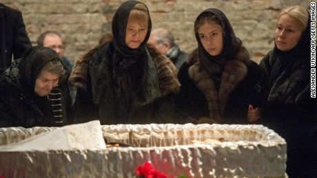 Family members of murdered Russian opposition leader Boris Nemtsov attend his funeral in Moscow on March 3.