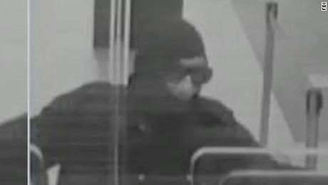 erin dnt johns black hat bandits manhunt_00000115