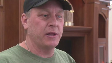 pkg curt schilling tracks down cyberbullying _00011226.jpg