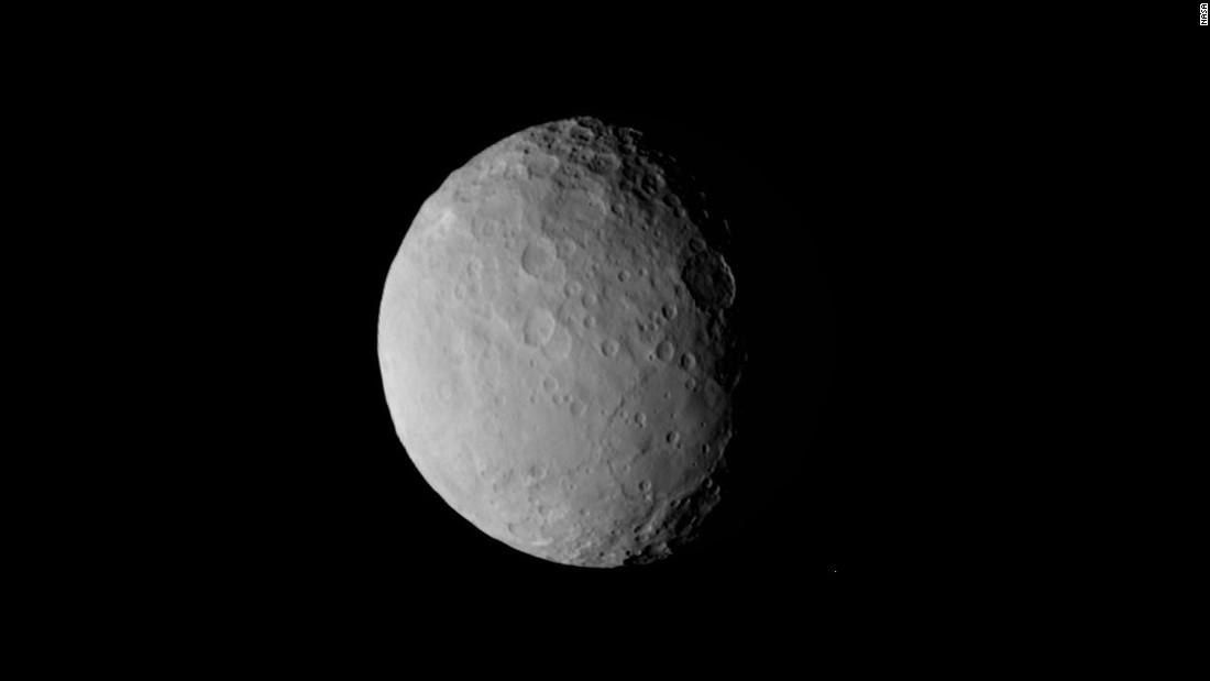 NASA's Dawn spacecraft begins orbiting Ceres - CNN.com