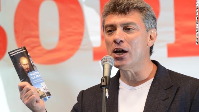 Russian authorities arrest 2 in Nemtsov death
