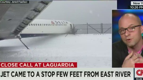 cnn tonight jared faellaci delta la guardia skid runway passenger _00011312