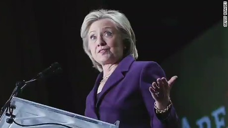 CNN Poll: Clinton's rating drops amid email uproar