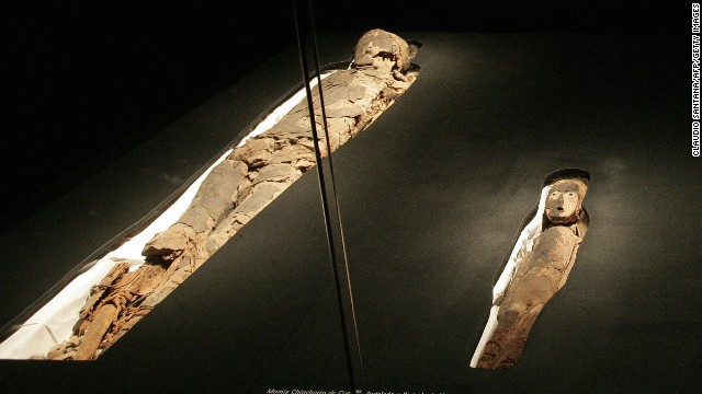 Momias antiguas en Chile, en riesgo de descomposición por humedad
