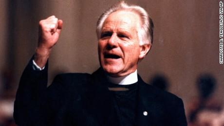 Bishop Earl Paulk, speaks from the pulpet in this undated photo. (AP Photo/Charlotte B. Teagle/AJC via AP)