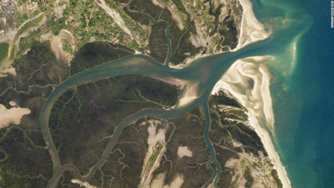 the effects of river damming on the planet earth China's monster three gorges dam is three gorges dam, china crosses the yangtze river in note that a shift in any object's mass on the earth relative.