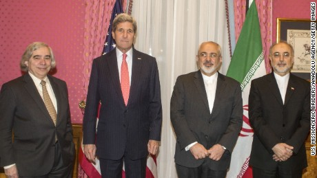 U.S. Secretary of State John Kerry, second from left, and United States Secretary of Energy, Ernest Moniz, left,  meet Iranian Foreign Minister Mohammad Javad Zarif, seond from right, and head of Atomic Energy Organization of Iran, Ali Akbar Salehi, right, to discuss Iran Nuclear Talks in Lausanne, Switzerland on March 16, 2015.