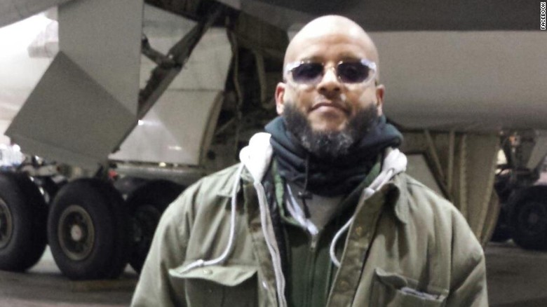 Warning signs missed before veteran tried to join ISIS?