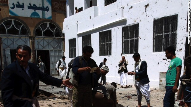 Los rebeldes toman el aeropuerto de Taiz, en Yemen