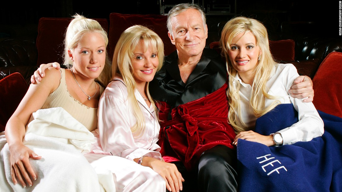 Kendra Wilkinson Says Holly Madison Is In Shame About Sex With Hugh Hefner pics