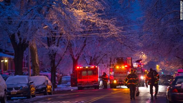7 niños mueren en un incendio en una casa en Nueva York