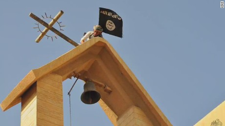 ctw pkg karadsheh iraq christians displaced by isis_00011423