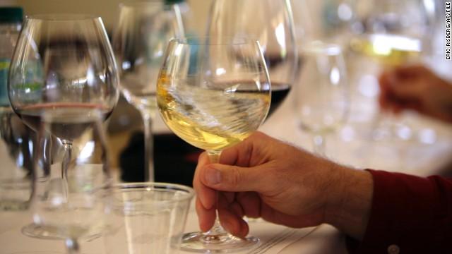 ¿Debería preocuparnos el arsénico del vino de California?