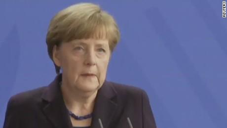 nr sot merkel Germanwings plane crash _00005528