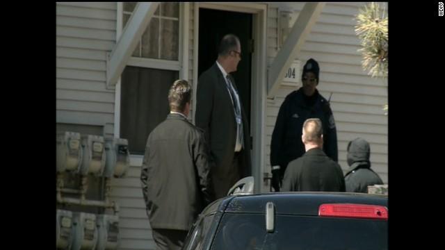 Autoridades descubren los cuerpos de dos menores dentro de congelador en Detroit