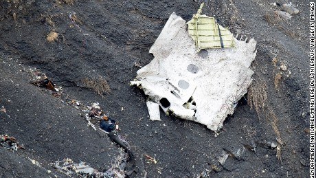 SEYNE, FRANCE - MARCH 25: (Alternate crop of #467495310) In this handout image supplied by the Ministere de l'Interieur (French Interior Ministry), search and rescue teams attend to the crash site of the Germanwings Airbus in the French Alps on March 25, 2015 near Seyne, France. Germanwings flight 4U9525 from Barcelona to Duesseldorf has crashed in Southern French Alps. All 150 passengers and crew are thought to have died. (Photo by F. Balsamo - Gendarmerie nationale / Ministere de l'Interieur via Getty Images)