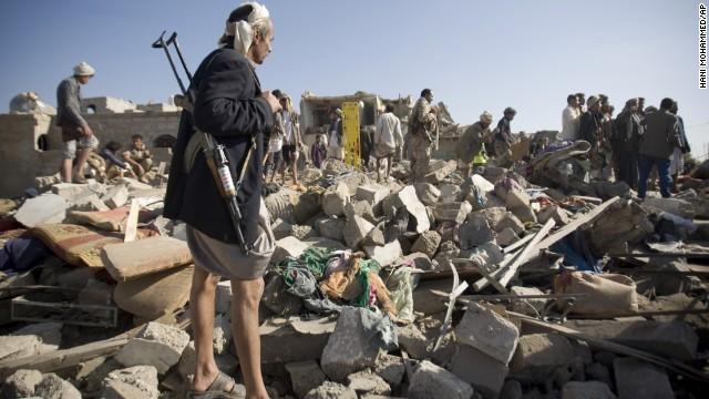 Saná, la capital de Yemen, convertida en un pueblo fantasma por ataques aéreos saudíes