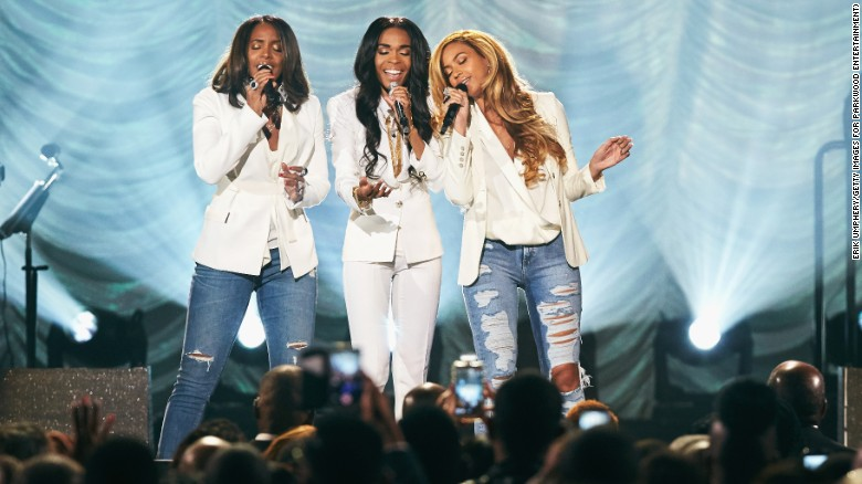 "Michelle Williams, Kelly Rowland and Beyonce perform ""Say Yes"" at the 30th Annual Stellar Gospel Music Awards."