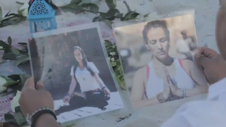 cnnee pkg alis mexican victims germanwings_00002014.jpg