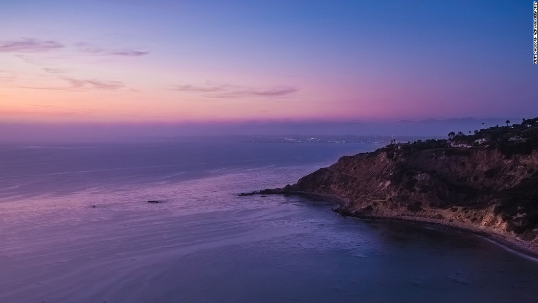 Just to the south of Los Angeles, Palos Verdes is a peninsula of green hills and sandy beaches. California has 840 miles of coastline.
