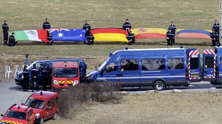 México envía ADN para identificar a mexicanas en el vuelo de Germanwings
