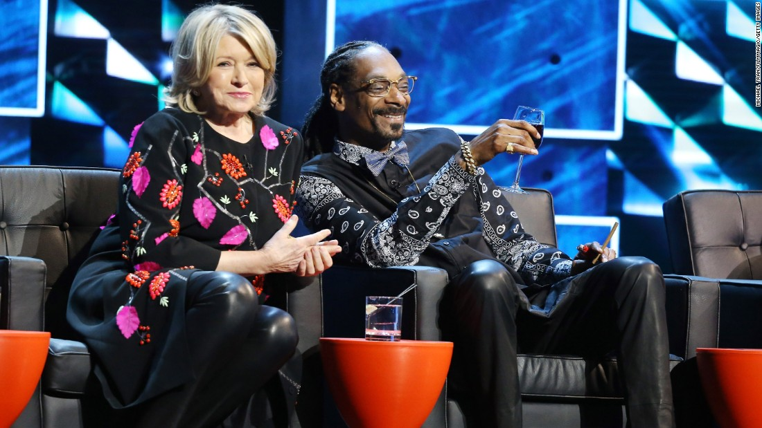 "Martha Stewart and Snoop Dogg kicked it onstage during the Comedy Central Roast of Justin Bieber in March. The pair go way back and <a href=""https://www.youtube.com/watch?v=-Ocre0kXgvg"" target=""_blank"">have even enjoyed cooking together. </a>"