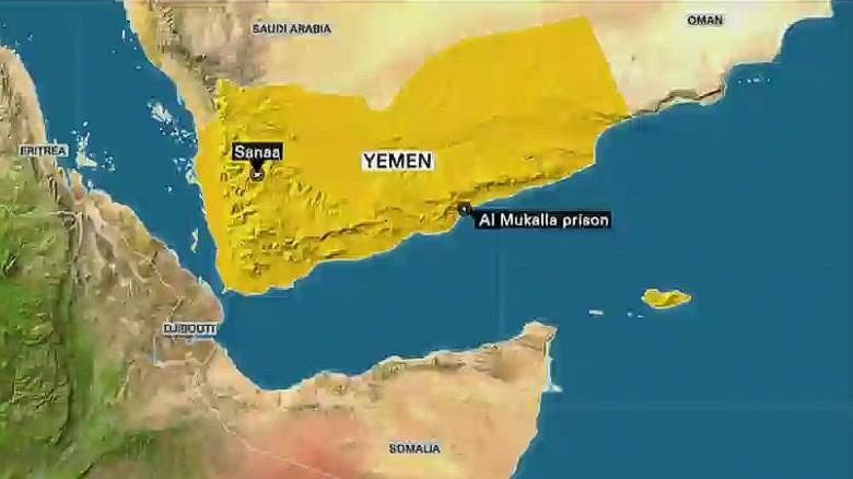 Combatientes de al Qaeda liberan 270 reos de prisión yemení