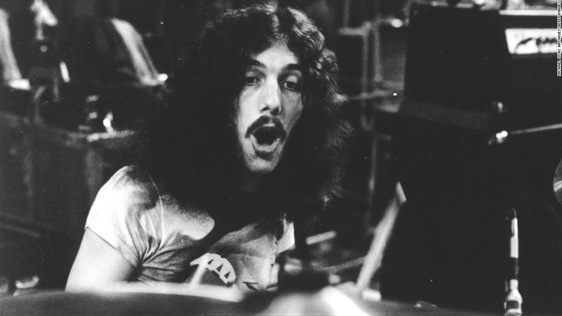"<a href=""http://www.cnn.com/2015/04/04/entertainment/feat-lynyrd-skynyrd-drummer-dies/index.html"" target=""_blank"">Robert Lewis Burns Jr.</a>, Lynyrd Skynyrd's original drummer, died in a car crash on April 3, according to the Georgia State Patrol. He was 64."