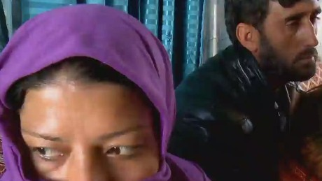 id.pkg.walsh.afghan.woman_00003410
