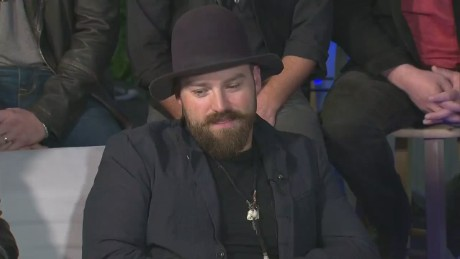 Andy Scholes interviews Zac Brown Band at the 2015 Final Four_00010423