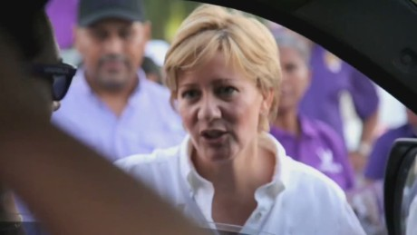 cnnee pkg panama first lady interview part three_00003126