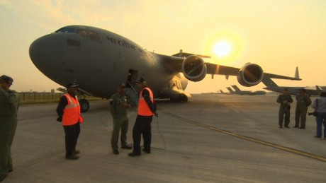 pkg udas india yemen evacuations_00013223.jpg